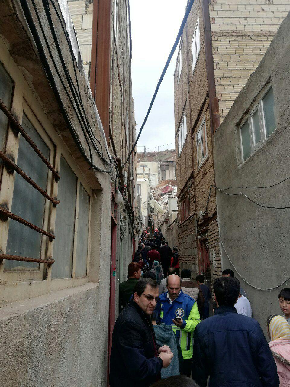 نشست ۳ خانه مسکونی در یکی از مناطق حاشیه ای شهر تبریز