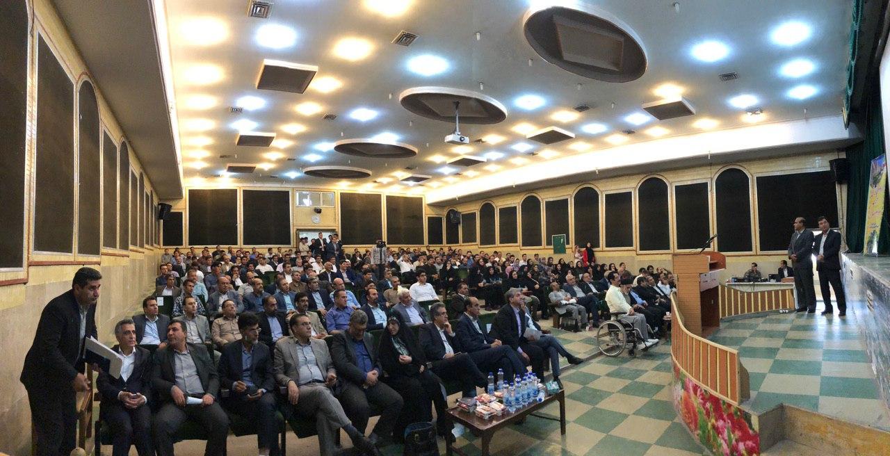 اظهارات دکتر کواکبیان دبیرکل حزب مردم سالاری در اردوی تابستانی ۹۸ حزب در خرم آباد