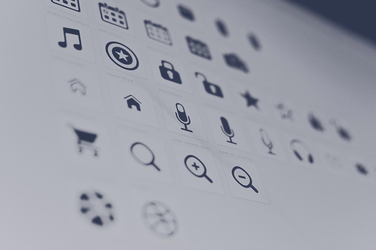 تجربه کاربری (UX) در مقابل رابط کاربری (UI): مراحل طراحی، شرکتکنندگان، نقشها و مهارتها
