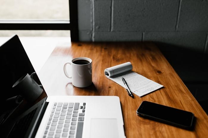 چگونه گزارش تدوین کنیم؟ + دانلود نمونه گزارش دیجیتال مارکتینگ