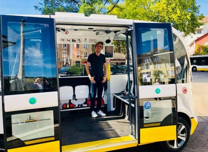 شهرهای بزرگ دنیا باید از یک شهر کوچک در سوئیس و اتوبوس خودران آن درس بگیرند