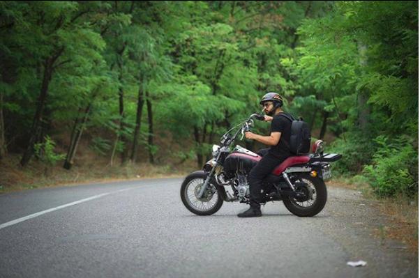 https://www.instagram.com/motopics_charly/