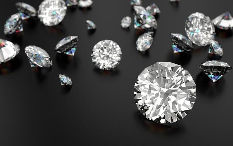 استارتاپی که با بلاک چین به خریداران الماس کمک میکند