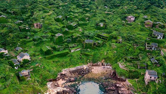 زیباترین نقطه جهان ، روستای متروکه هوتوان