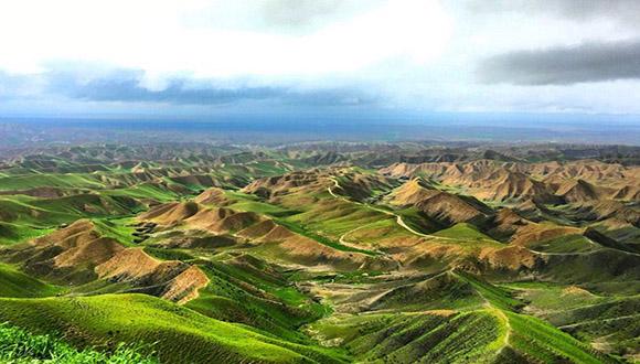 اردیبهشت دل انگیز در ترکمن صحرا