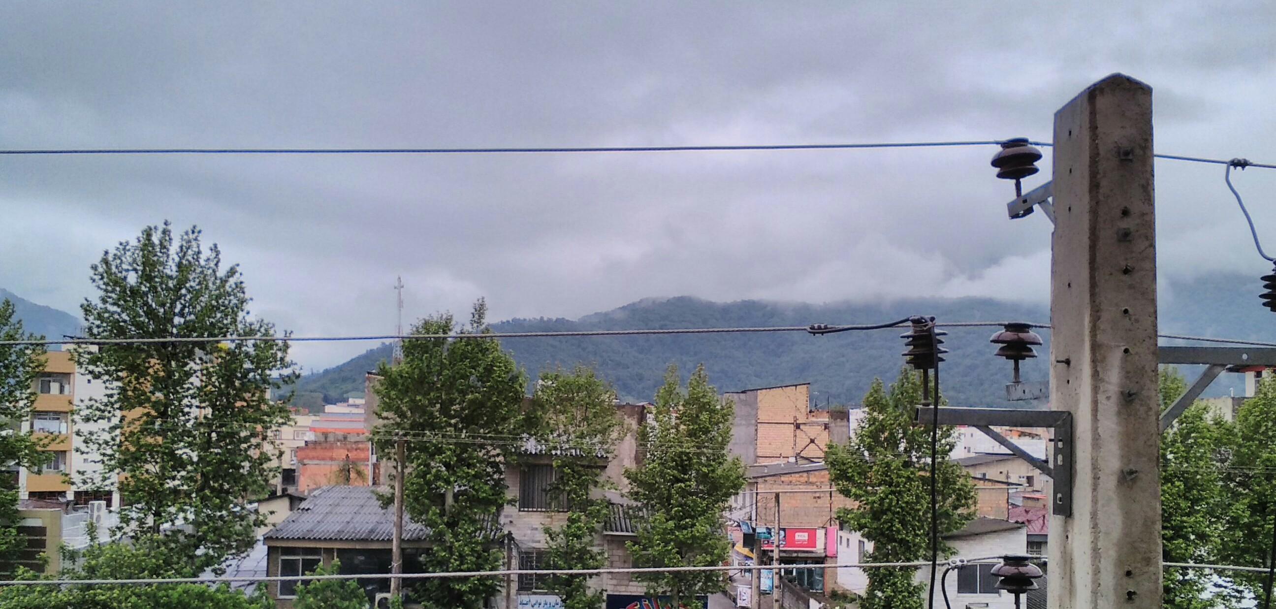 کوهها، ابرها، مادرها