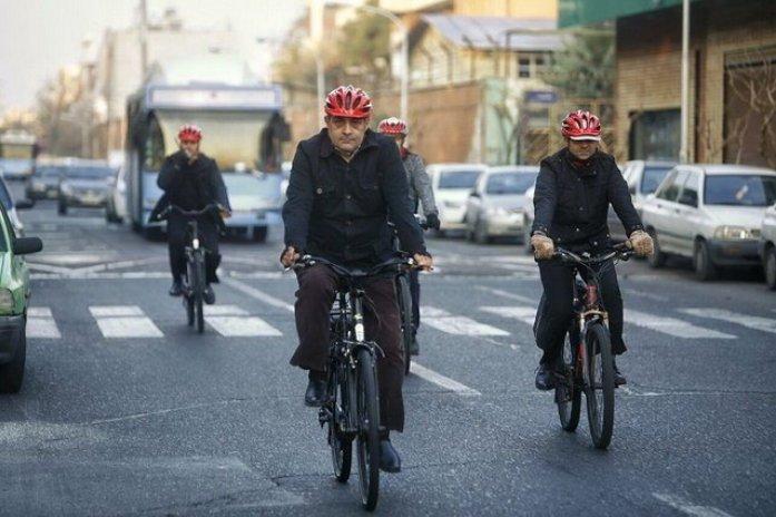نکاتی در باب دوچرخه سواری شهردار تهران