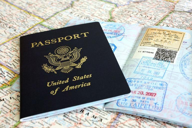 ویزا چیست و با پاسپورت چه تفاوتی دارد؟
