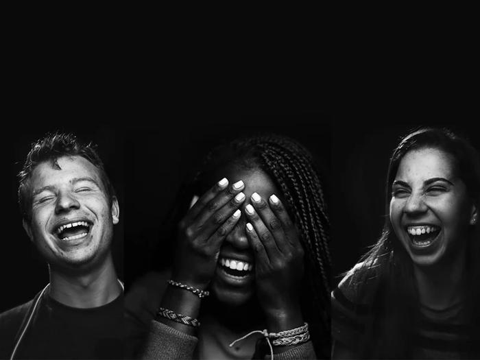 """مجموعه عکسی به نام """"زیبایی خنده"""""""