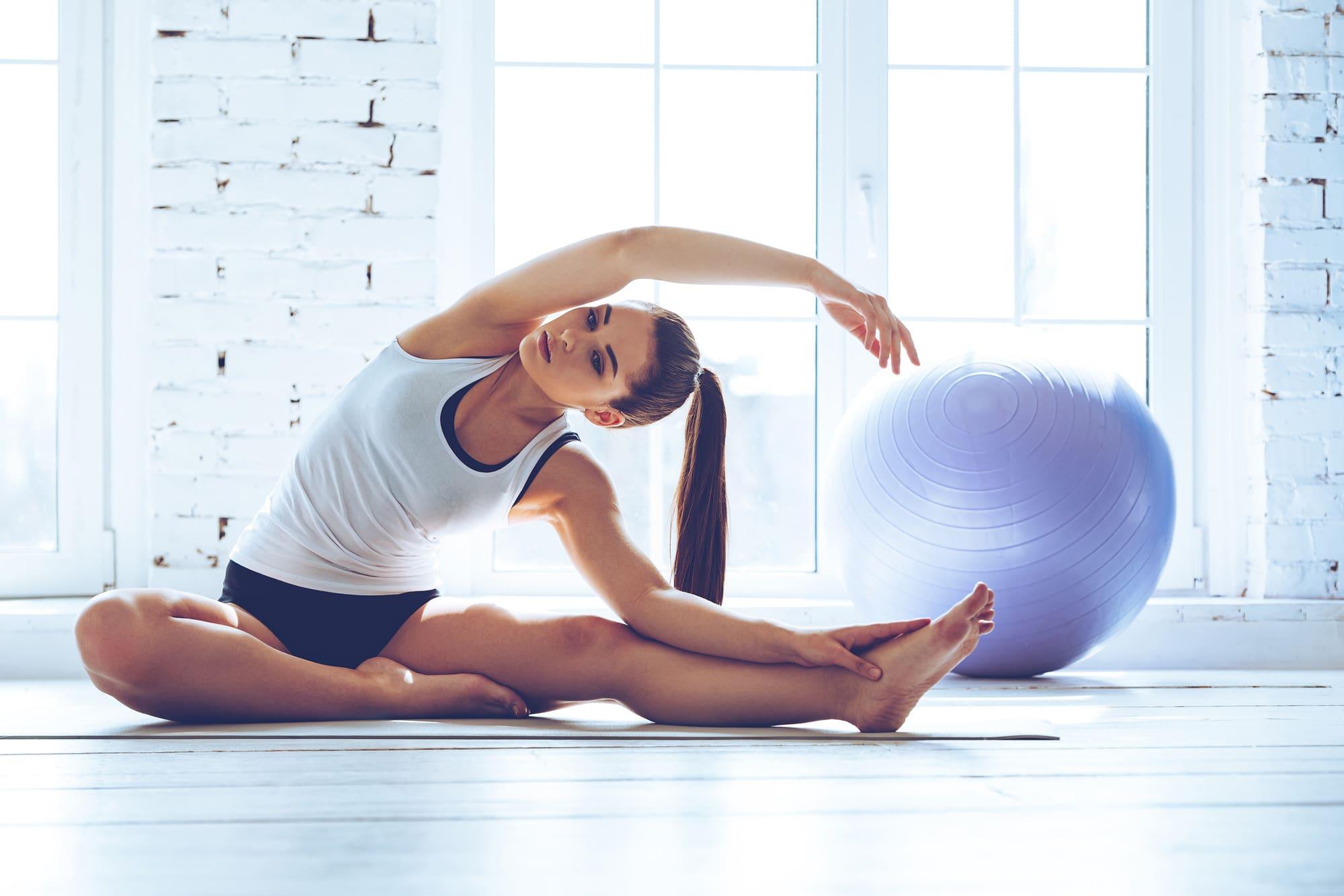 پیلاتس مجموعهای از قوانین و ساختارها است که باعث شناخت و درک بیشتری از حرکات و رفتارهای بدنی میشود.