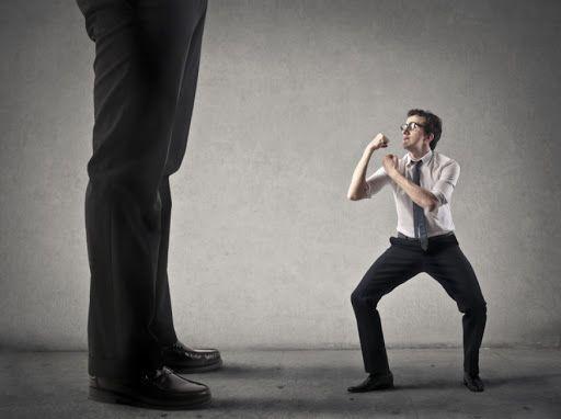 ترس چیست ؟ روانشناسی حس ترس از علل تا درمان
