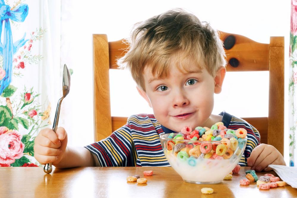 کودکان در هر صبحانه 4 کیلو و 530 گرم شکر در سال مصرف می کنند!