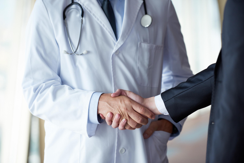 ما نیاز به پزشکان کارآفرین بیشتری داریم.