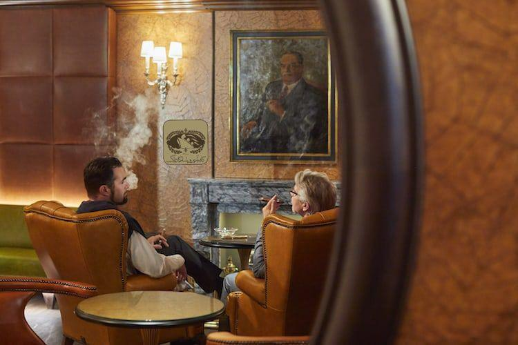 ۱۰ راهکار برای تجربه ای لذت بخش از اسموک سیگار :