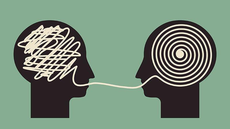 تفکر انتقادی داشته باشیم