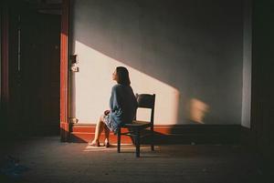 مغز تنها: تنهایی و گرسنگی در مغز شبیه بههم اتفاق میافتند؟