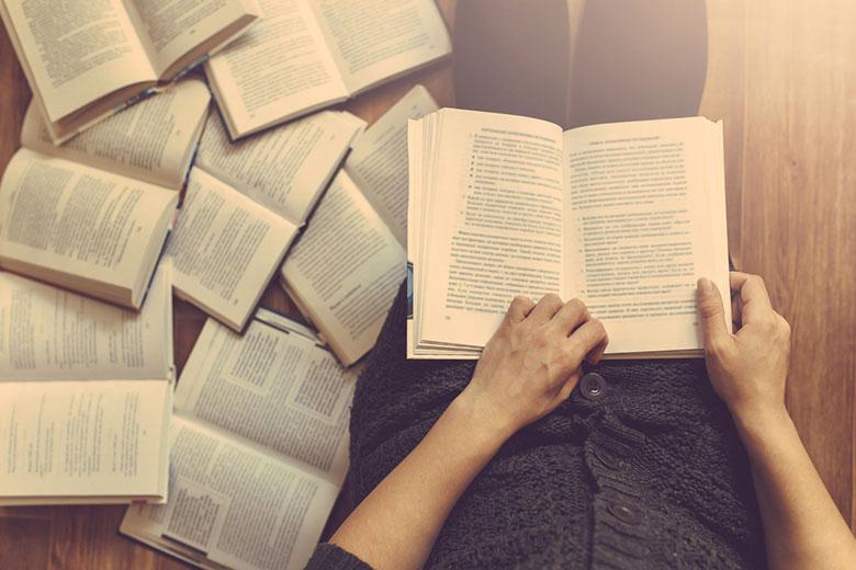 چرا باید کتاب بخوانیم؟