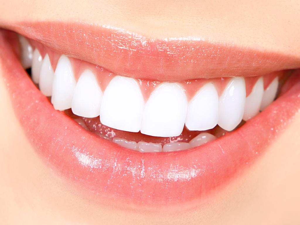 اصلاح لبخند هالیوودی چیست؟