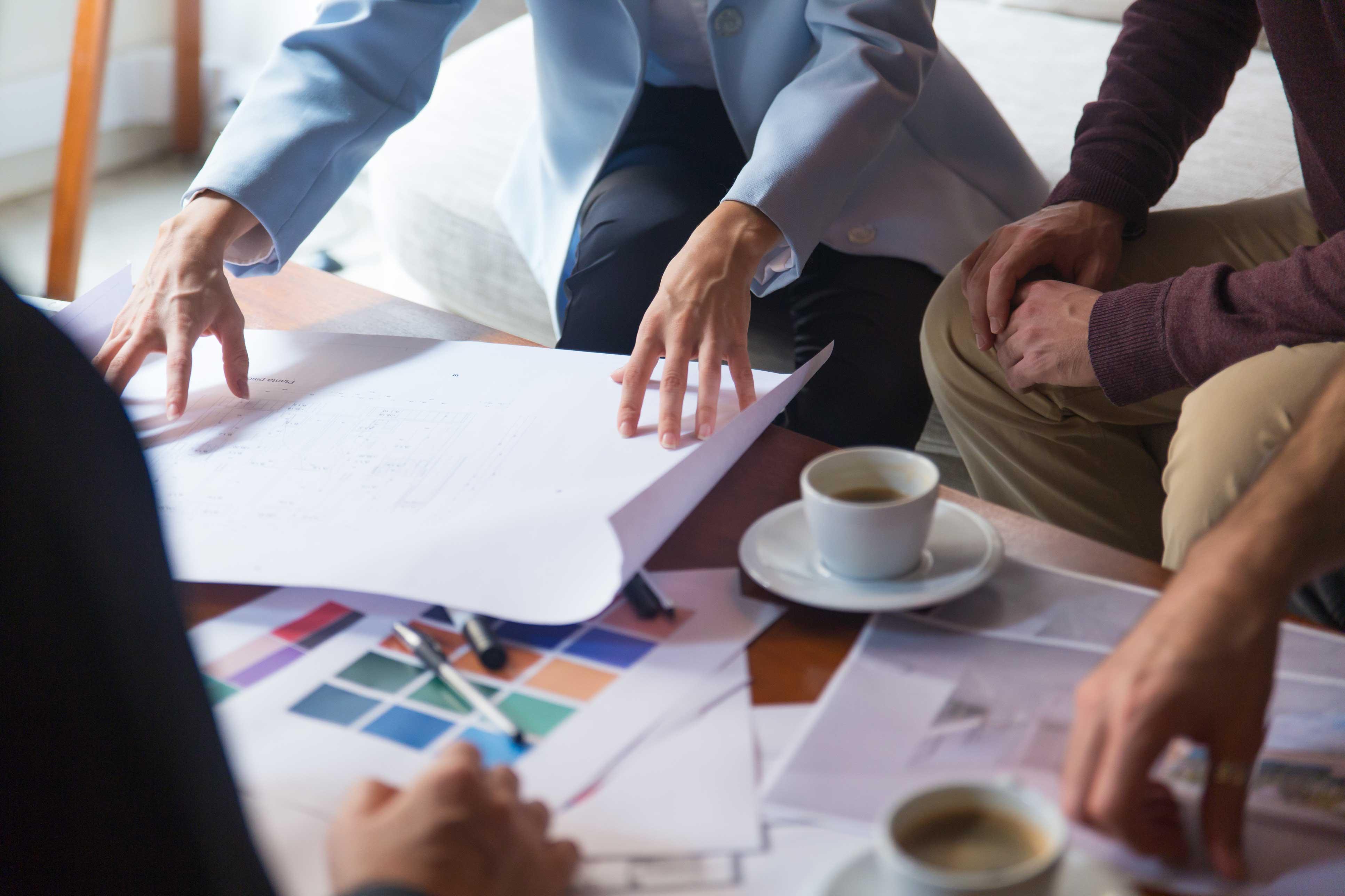 طراحی رابط کاربری و تعیین استراتژی