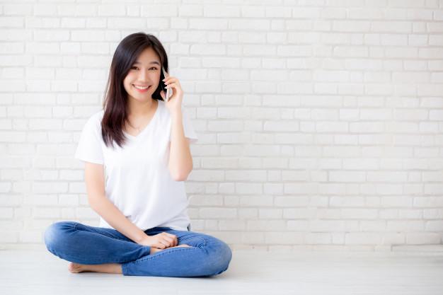 عبارات لازم برای مکالمههای تلفنی انگلیسی