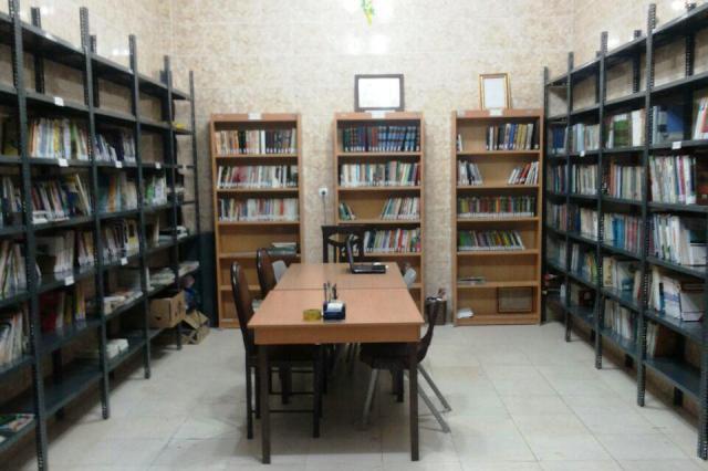 کتابهای چیده شده در کتابخانه شهرزاد