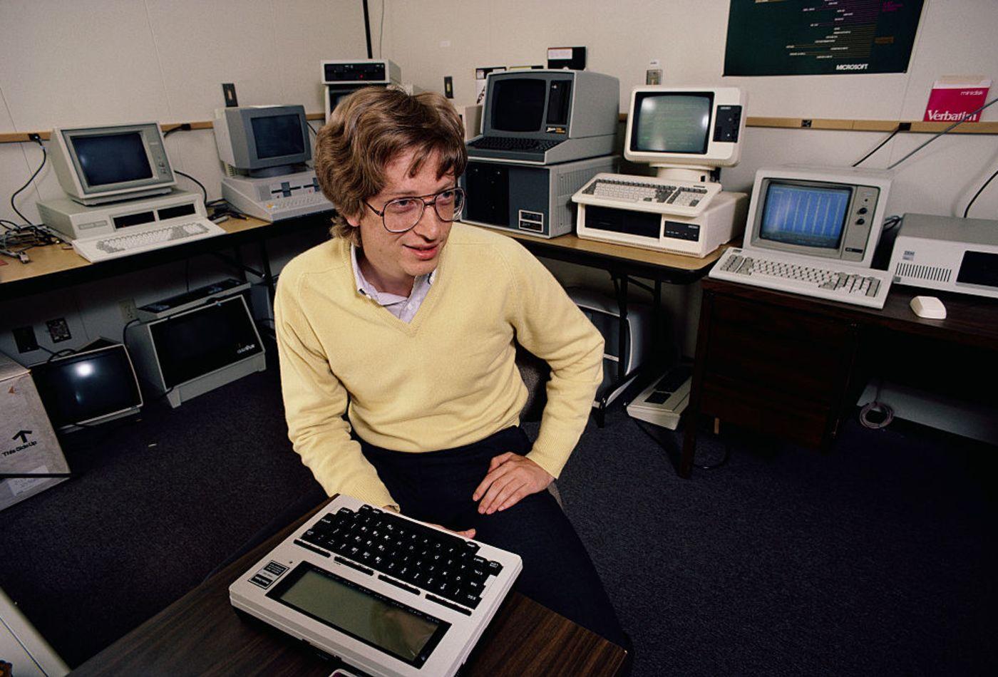چرا برنامه نویسان، برنامه می نویسند؟