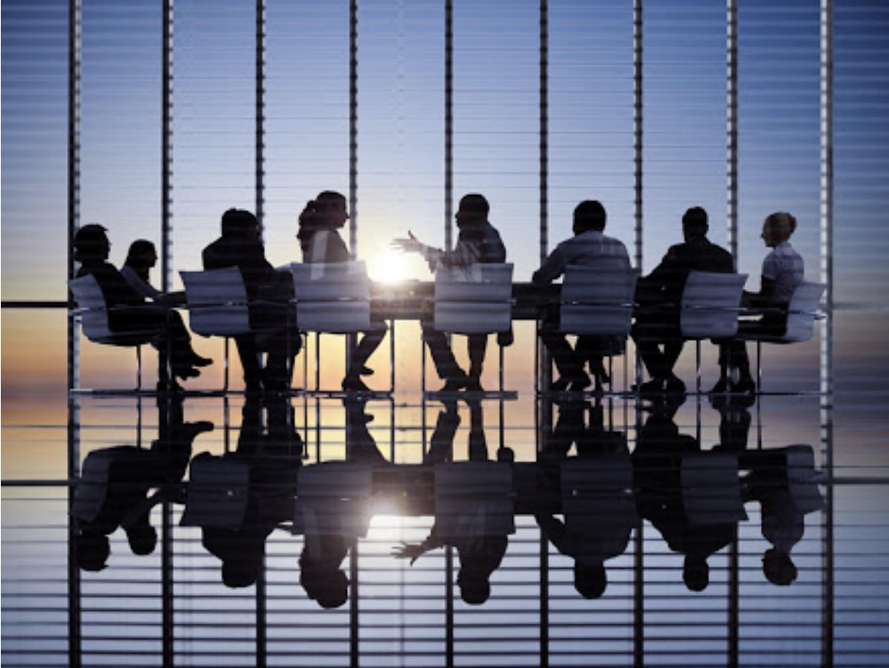 اهمیت تشکیل گروه های همفکری (Mastermind group) برای بنیان گذاران استارتاپ