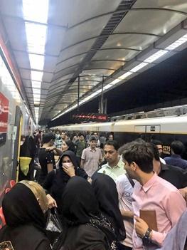 مترو مصلی یادآور فشارهای زیادیست!