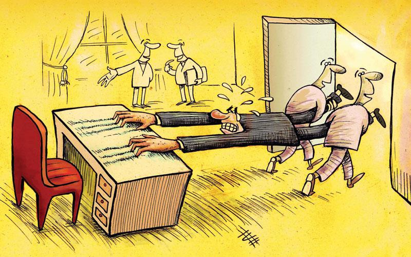 ۶ جمله یک مدیر ضعیف: با صندلی من حرف بزنید!