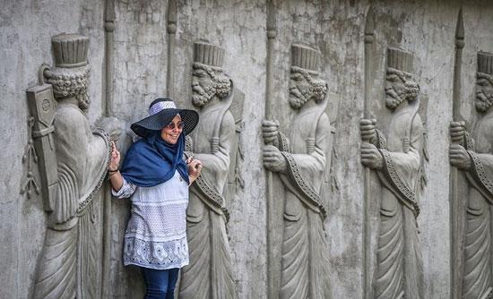 ۲۵۰۰ سال بی فرهنگی