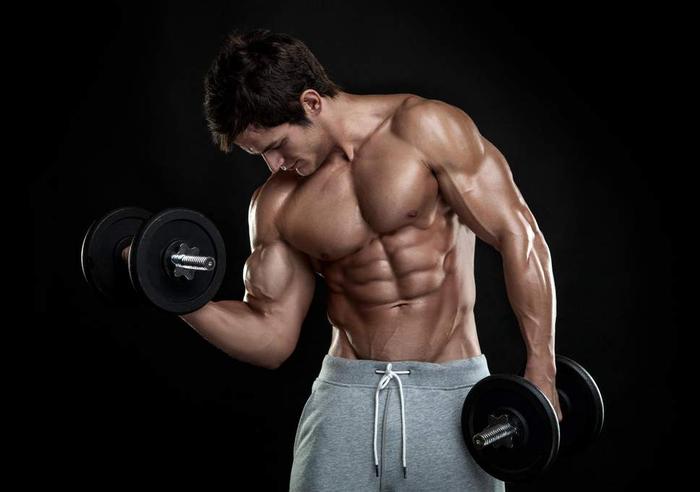 تمرکز یکسان بر روی مراحل مثبت و منفی وزنه زدن را حفظ کنید!