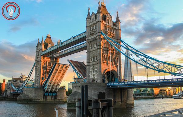 آیا تا به به حال با پل متحرک تاوربریج در لندن آشنا شده اید؟