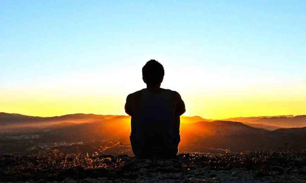 درد یعنی نزنی حرف دلت را و دگر دیر شود ...