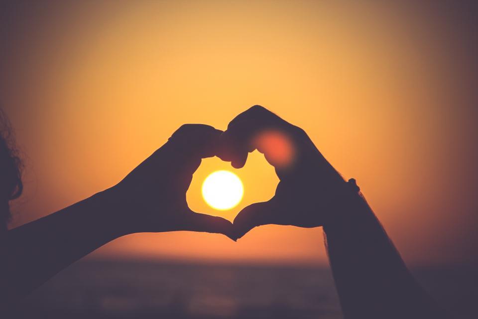 دلم نور می خواهد