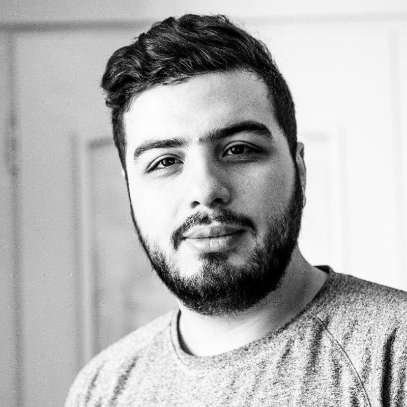 حسین شریفی نیا