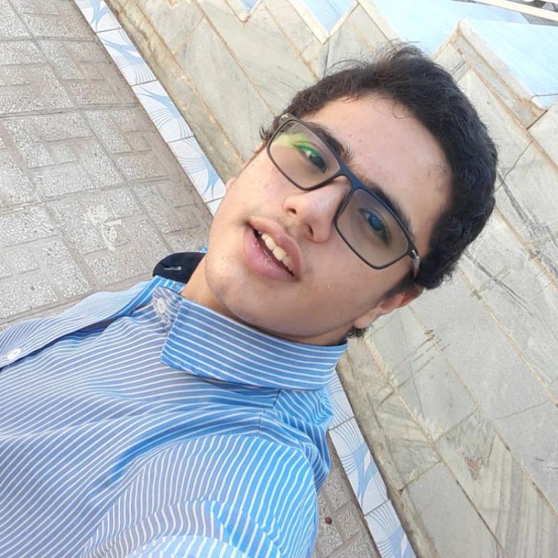 محسن رهاورد