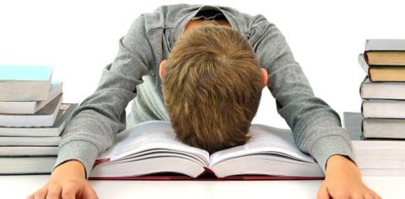 چرا مردم کتاب نمیخوانند؟