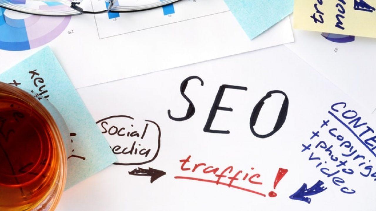 در تولید محتوای بازاریابی توجه به مفاهیمی مثل SEO بسیار حائز اهمیت است.