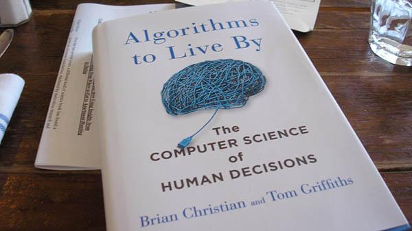? کتابی مخصوص geek ها و nerd ها