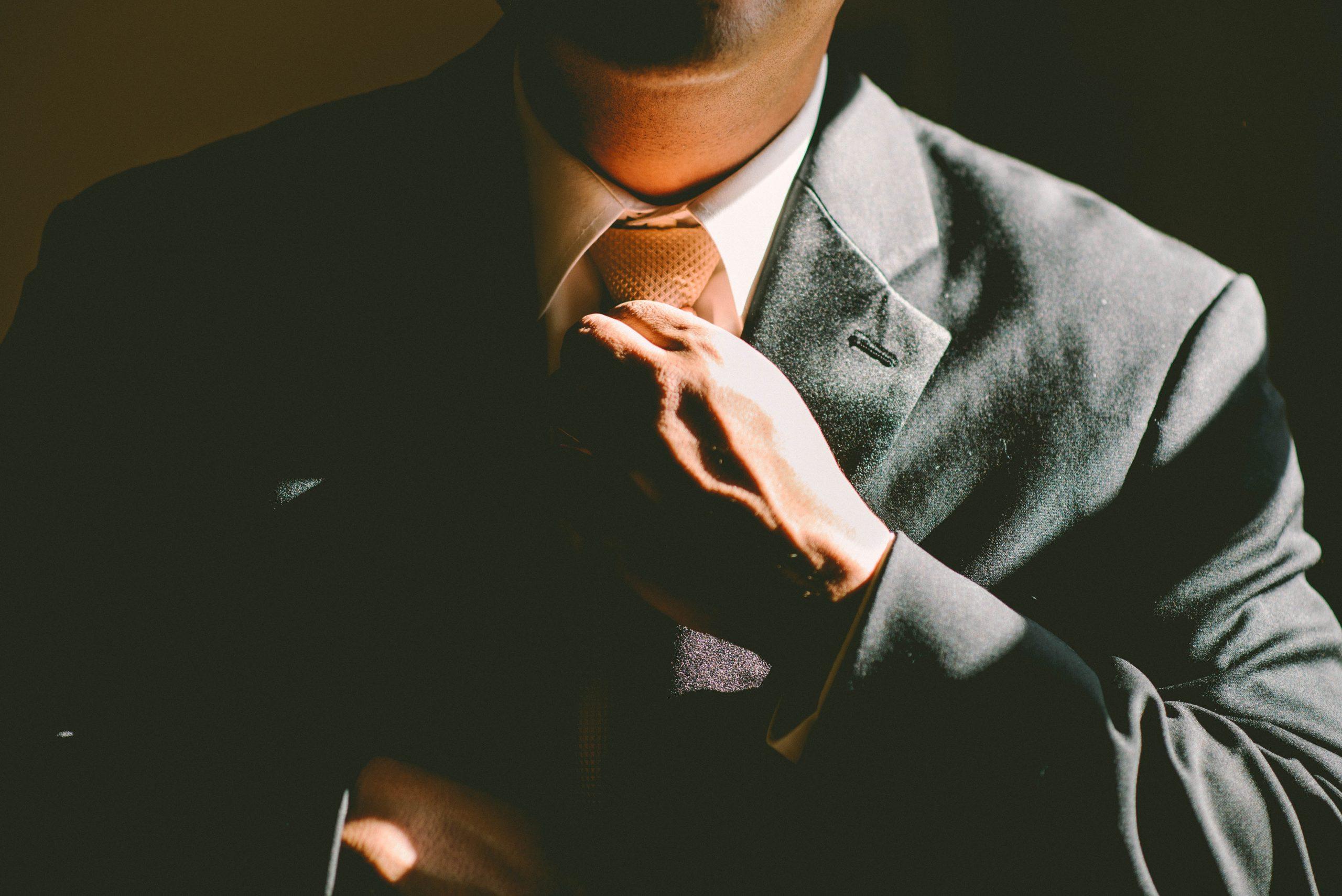 کارآفرینی به چه معناست و کارآفرین کیست؟