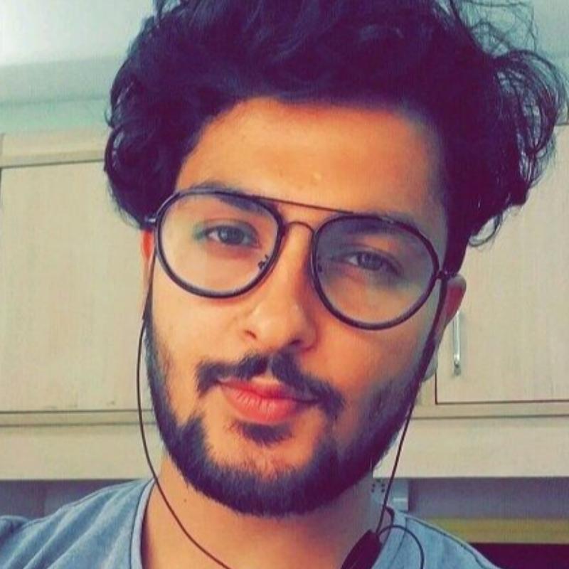 سامان احمد زاده