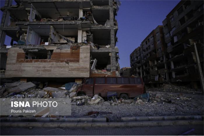 (زلزله کرمانشاه، آبان ۱۳۹۶، عکس از پوریا پاکیزه، سرویس عکس خبرگزاری ایسنا)