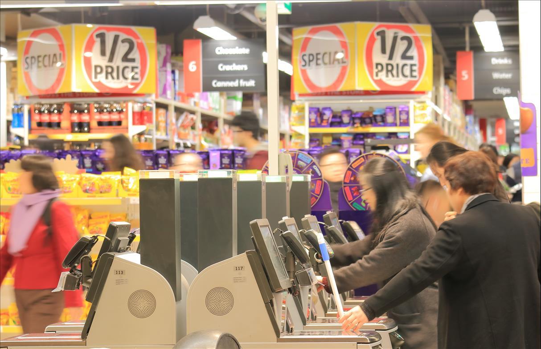 در سوپر مارکتها تنقلاب بیش از مواد غذایی سالم تخفیف میخورند