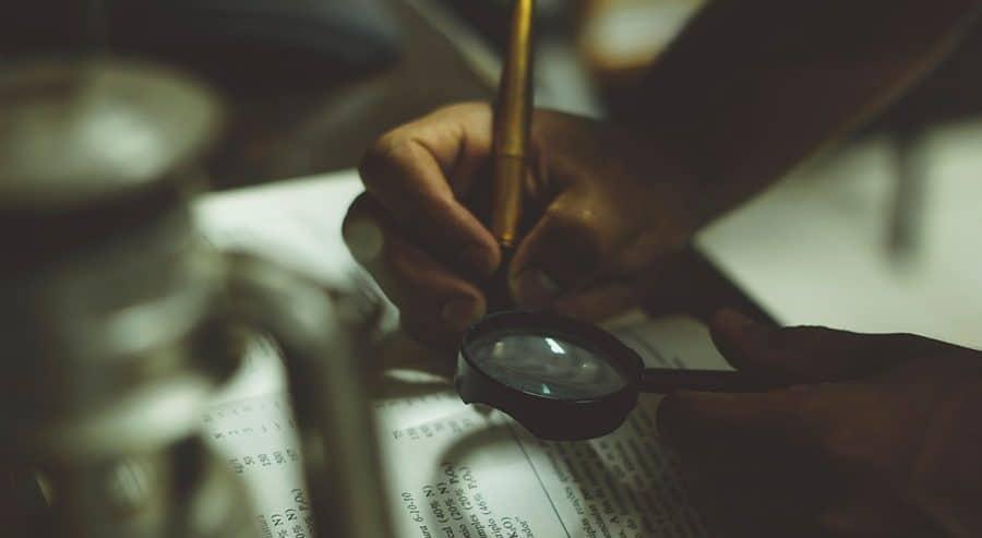 کتابخوانی به سبک یک نویسنده | چطور با خواندن مهارت نوشتن پیدا کنیم