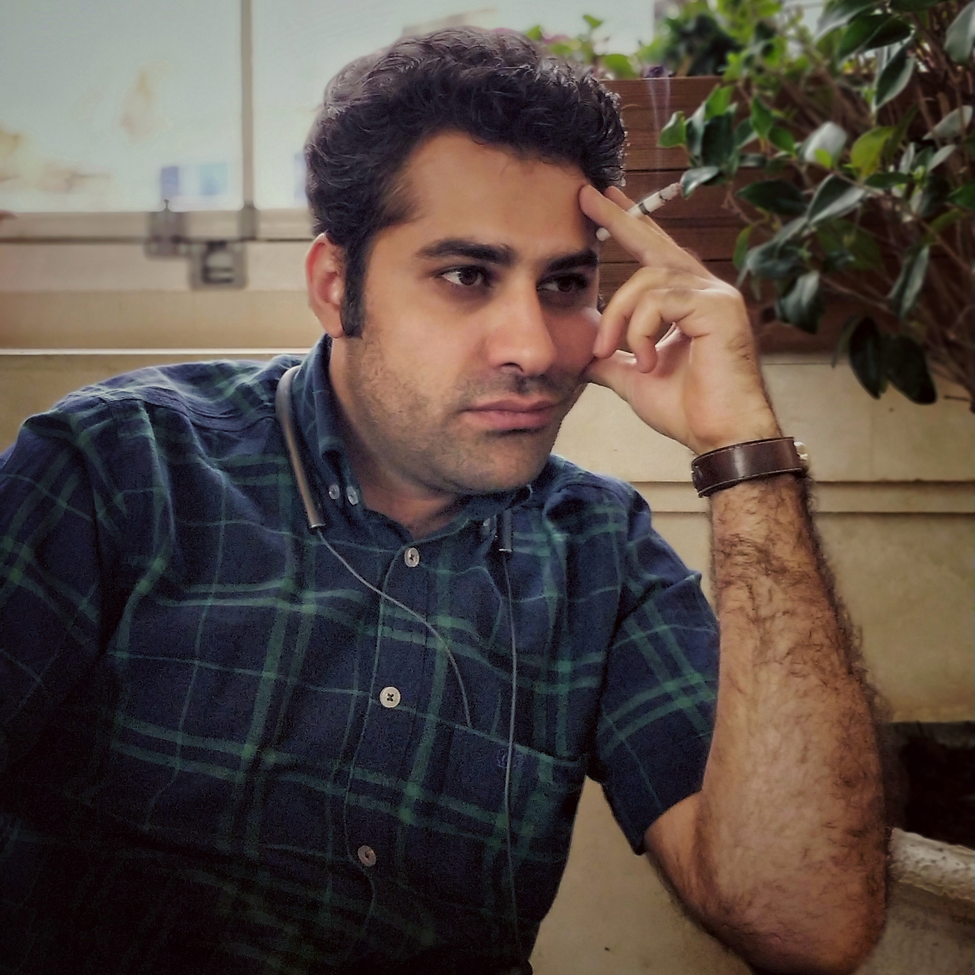 حسام الدین مطهری داستاننویس