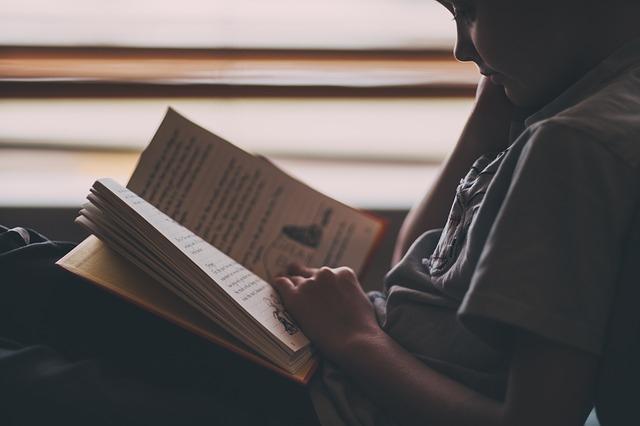کتابخوانی و سه نوع مواجهه با کتاب