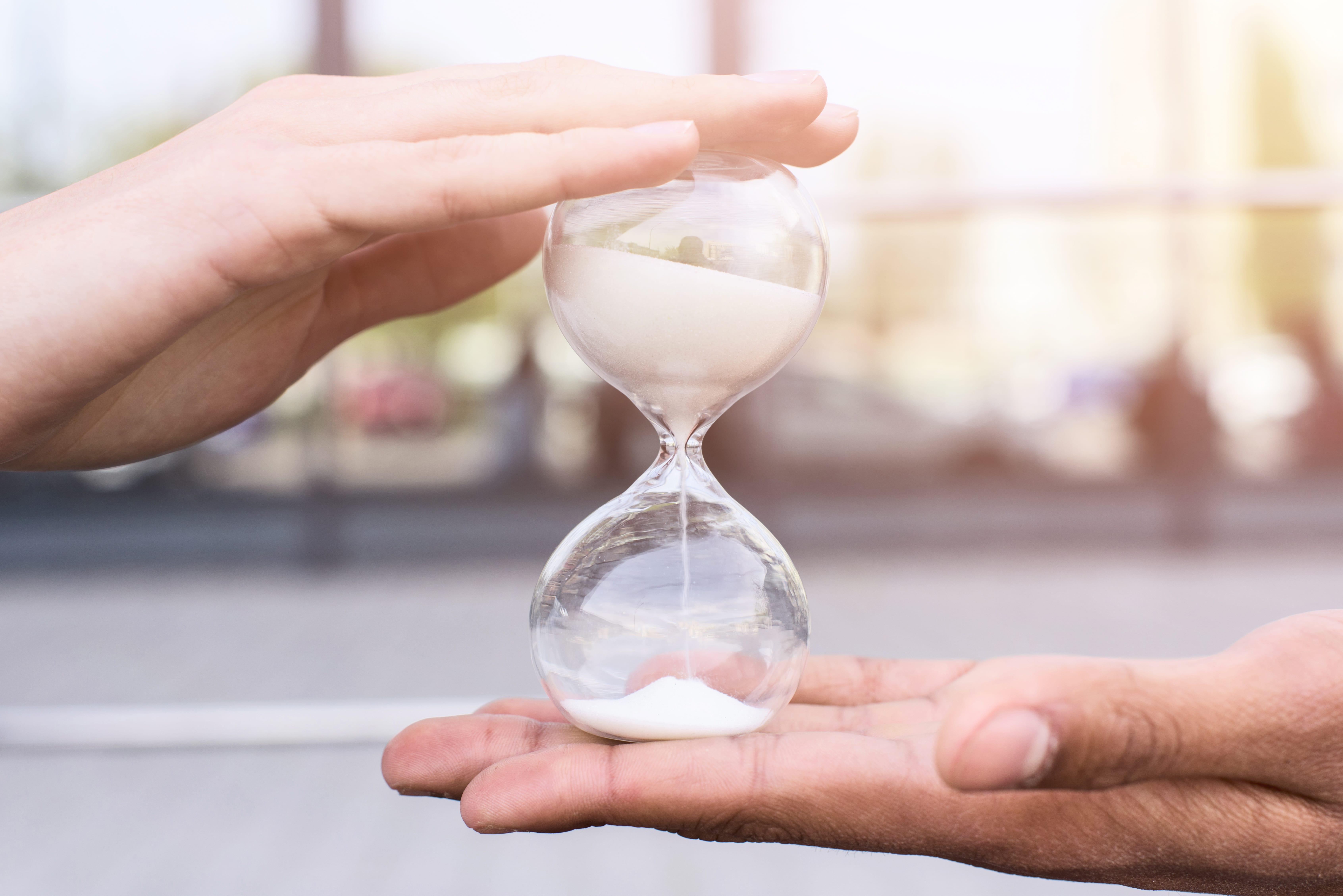 زمان، داشتنی نیست، ساختنی است