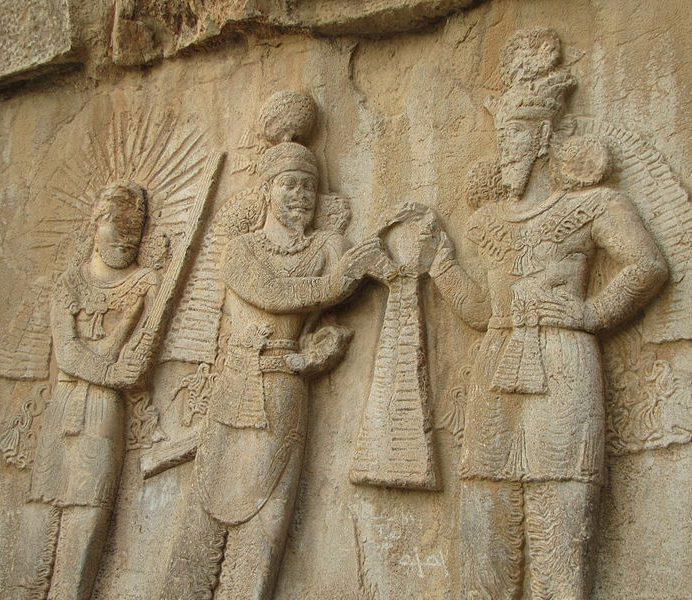 چرا حکومتهای ایران باستان طولانیترند؟