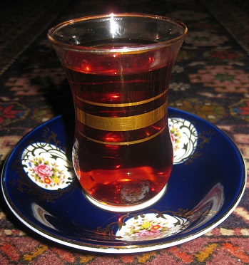 ته مانده چایی...