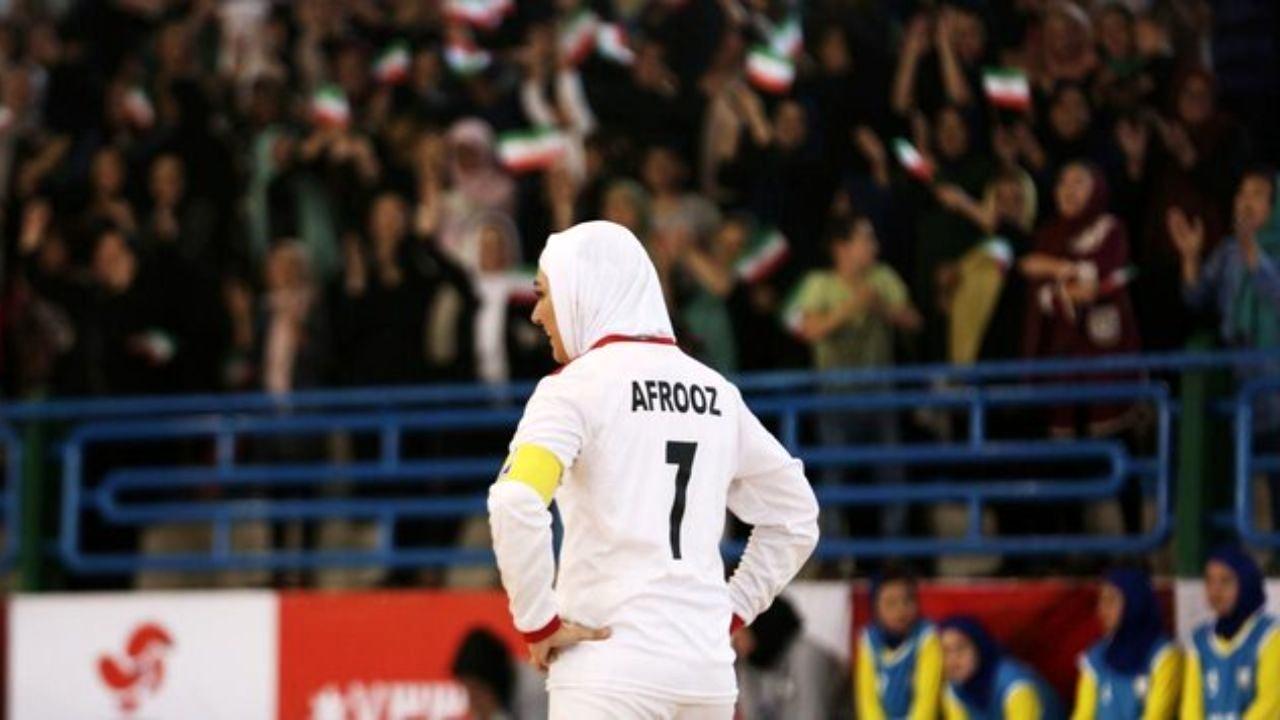 مرور رسانه های سینمایی فارسی شماره 10 - مهر
